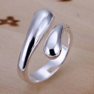 Jewelry - 925 stamped silver ring
